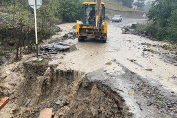 Ливни в Дагестане размыли дороги